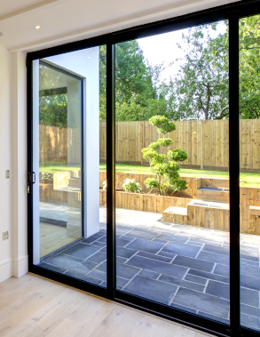 Steel look sliding doors