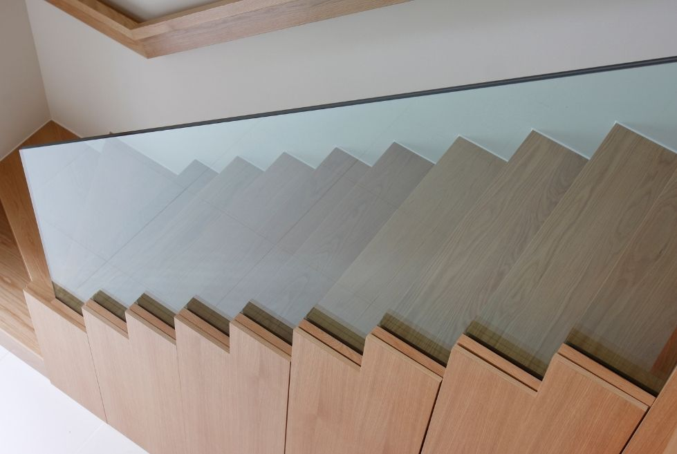 Sieger glass balustrade system on internal stairs