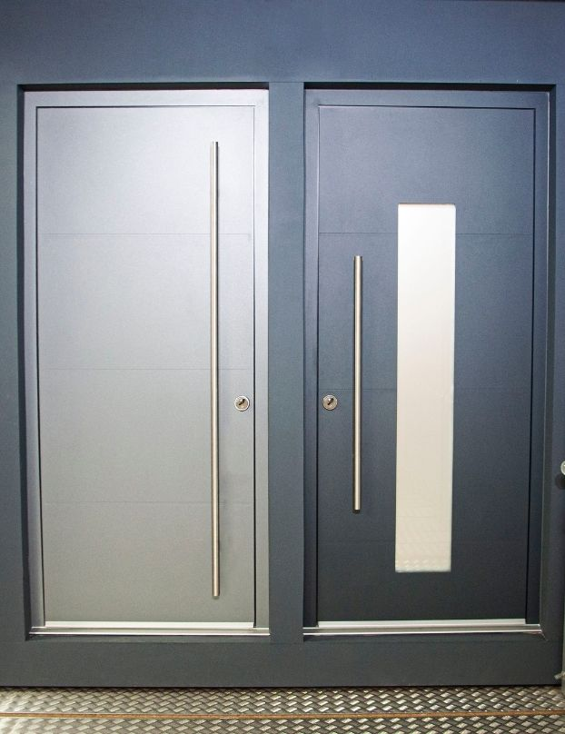 Sieger entrance doors with and without glazing panel