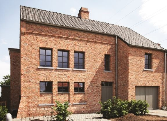 steel look aluminium framed windows for a traditional industrial style design