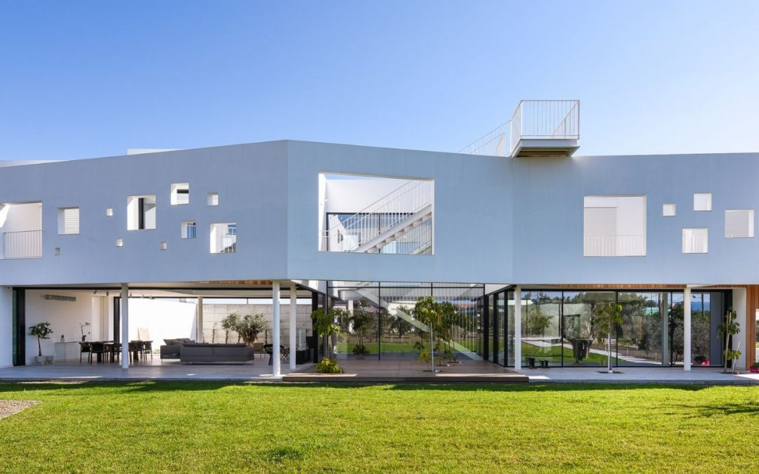 Which Glazing Is Right for Your Architecture Style?