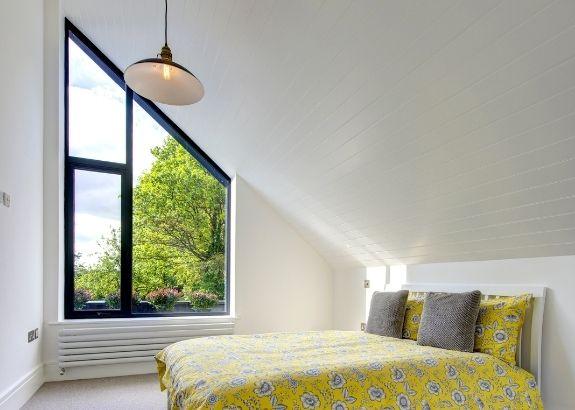 multilight arrangement if slim framed aluminium casement windows